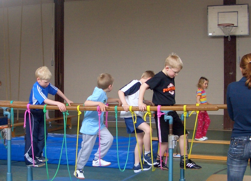 Kindersport in der Sporthalle
