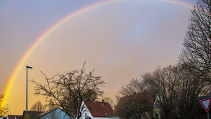 Regenbogen über Marienmünster